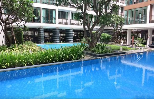 Ideo-BluCove-Sathorn-Bangkok-condo-for-sale-swimming-pool-3